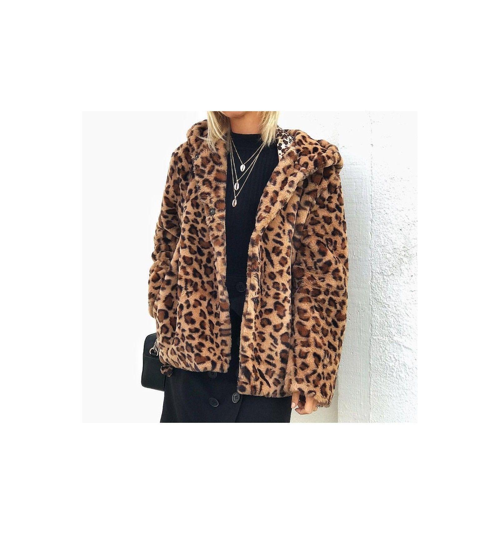 Abrigo de pelo print leopardo con capucha