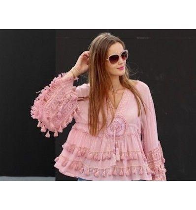 top blusa bohemia pompones crochet en color topo y rosa