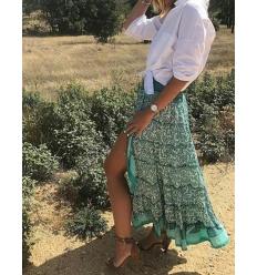 Falda asimétrica turquesa